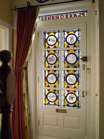 arredare con fantasia dipingere le porte a vetro per arredare con fantasia