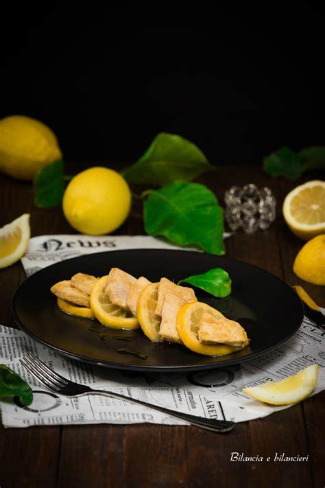 cucinare con la salsa di soia pollo al limone con salsa di soia e zenzero ricetta facile
