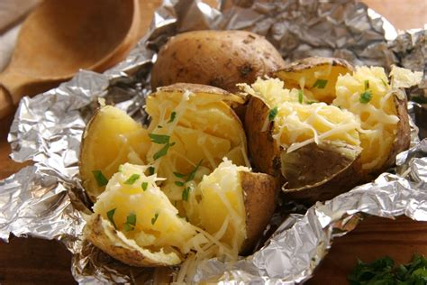 cucina patate scuola di cucina le patate come farle al cartoccio la