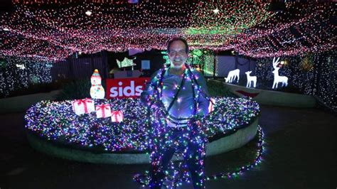 david richards breaks guinness world record for led light
