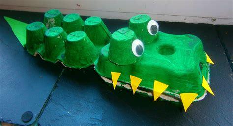 crocodile crafts for diy k 233 z 252 gyes j 225 t 233 kok holtidő boardgamegeek