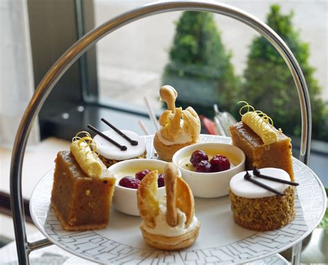 christmas afternoon tea   intercontinental london