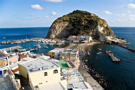 Visit Ischia   Small port of Sant'Angelo