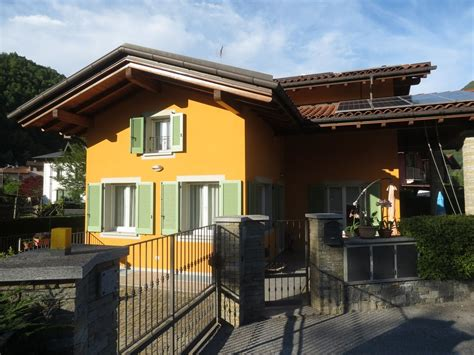Ville Moderne Con Piscina by Cambiasca Villa Moderna 220mq Con Piscina