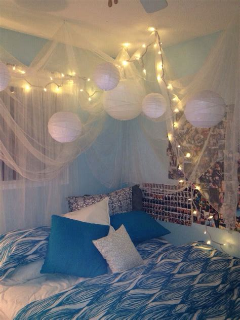Light Lanterns For Bedroom - i may be obsessed with rooms that have christmas lights crib pinterest room christmas
