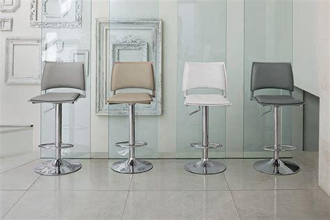 chaise de cuisine r馮lable en hauteur chaise de bar r 233 glable en hauteur cuisine en image