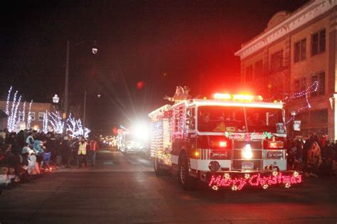 parade of lights rapid city festival of lights parade draws thousands downtown