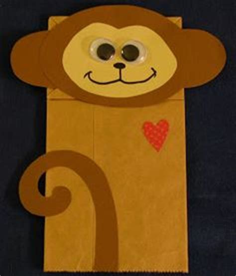 Terbatas S Bag Monkey Giraffe Is A Brown 1000 images about paper bag puppets on paper bag puppets puppets and bird puppet