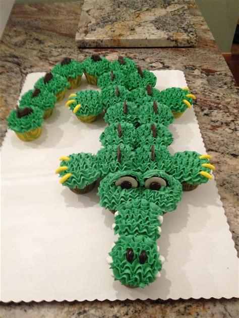 crocodile birthday cake template crocodile template cake ideas and designs