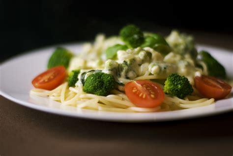dinner pasta free stock photo of broccoli dinner food