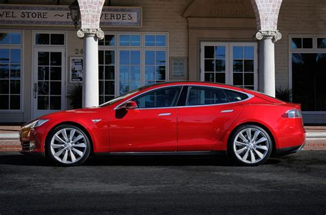 elon musk driverless cars elon musk to personally hire software engineers for tesla