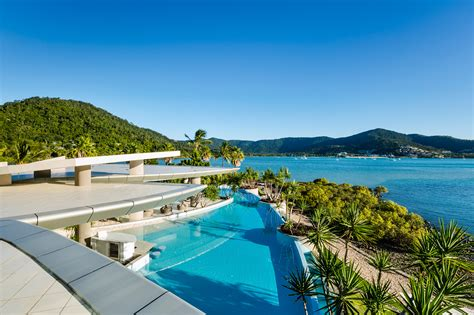 airlie houses aqua luxury house whitsundays luxe houses