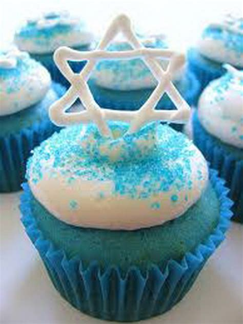 Muffin Decoration Ideas by Hanukkah And Edible Cupcake Decorating Ideas