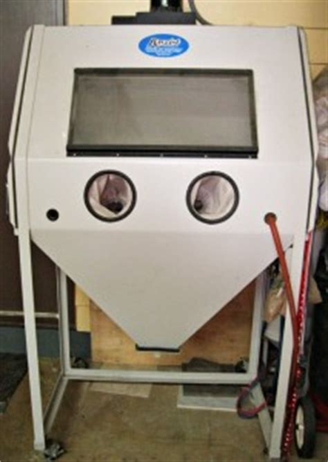 Sand Blast Cabinet For Sale by Rayzist Sandblasting Equipment Cutter For Sale