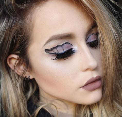 Eyeshadow Emina Purple the 25 best butterfly makeup ideas on butterfly costume amazing makeup and peacock