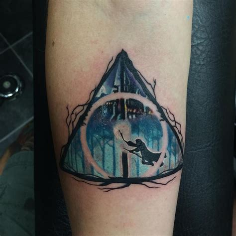 deathly hollows tattoo top 9 irresistible deathly hallows designs