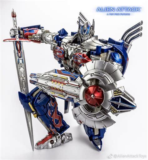 Transformers Egg Attack Optimus Prime Original attack a 01 el cid aoe tlk optimus prime new images transformers news tfw2005