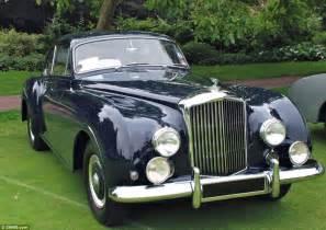 Vintage Jaguar Models Jaguar Buys Dr Hull S 543 Classic Car Fleet Daily