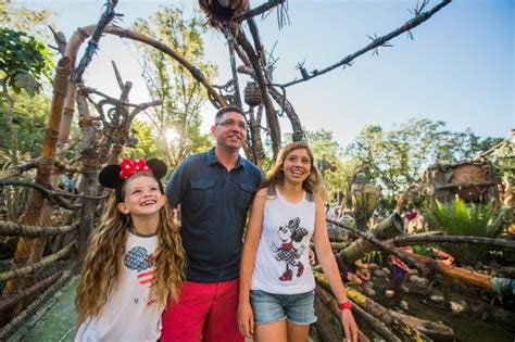 book your 2018 vacation package 2018 walt disney world vacation packages can be booked on