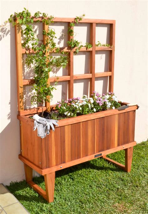 trellises  planters built   decades