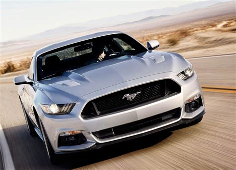 Car Wallpaper For Bedroom by Ford Mustang Gt Awesome Hd Car Wallpaper Classic Car