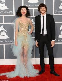 taylor swift and katy perry pantip grammys 2013 dress code d manti kelly rowland and alicia