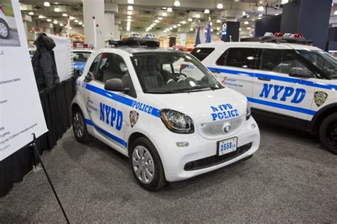 used smart car nyc smart fortwo car goes on patrol in new york news