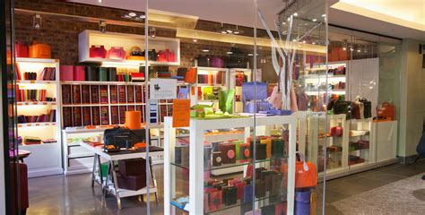 Gift And Home Decor Trade Shows by Visual Merchandising And Retail Floor Displays Tips