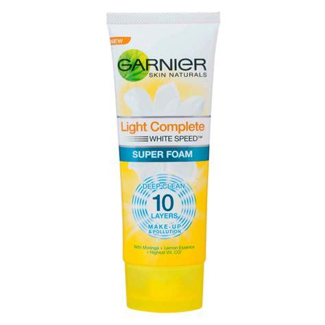 Pembersih Muka Garnier Light Complete garnier light complete foam 100ml tops
