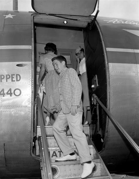 boarding tallahassee florida memory jackie dodson boarding plane with his at the dale mabry field