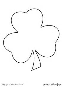 small shamrock coloring page download