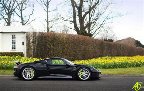black porsche 918 spyder side view 04 02 16   SSsupersports