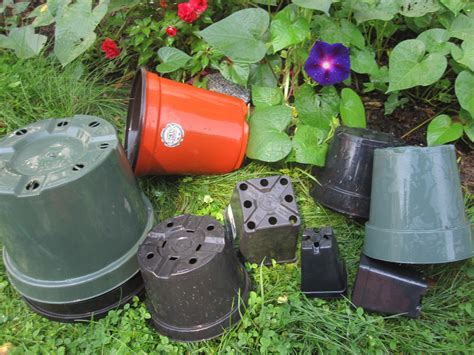 Plant Pots And Containers Garden Color Recycling Plastic Plant Pot Containers
