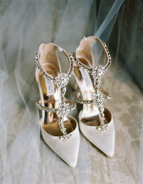 Bridal Dress Shoes by How To Choose Fall Wedding Dresses And Accessories The