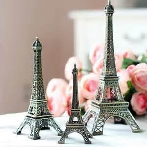 Jual Pajangan Miniatur Menara Eiffel 10cm jual miniatur menara eiffel kado ultah unik