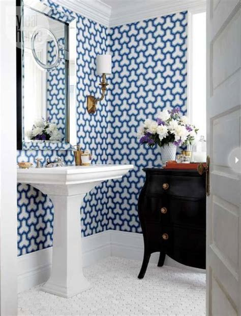 Powder Bathroom Ideas by 18 Tips For Rocking Bathroom Wallpaper