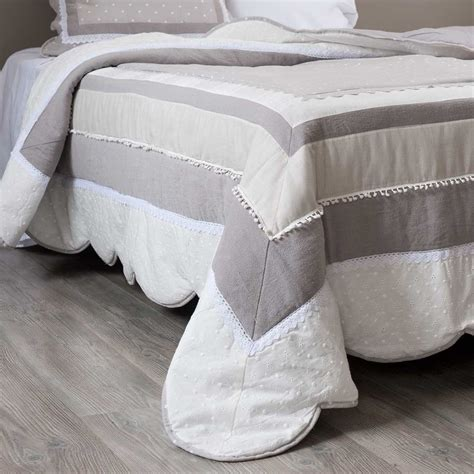 Cotton Quilted Bedspread B 201 R 201 Cotton Quilted Bedspread 240 X 260cm Maisons Du