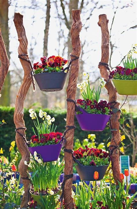 Vertical Garden Decoration Ideas by 12 Ideas For Cheap And Simple Garden Decorations