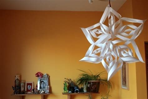 How To Make Beautiful Paper Snowflakes - beautiful paper snowflake 183 how to make a snowflake