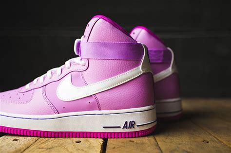 Nike Air High Tosca Pink nike air 1 high gs pink white sneakerfiles