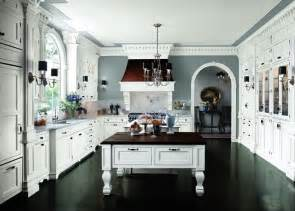 white kitchen cabinets with dark floors a touch of southern grace i m dreaming of a white kitchen