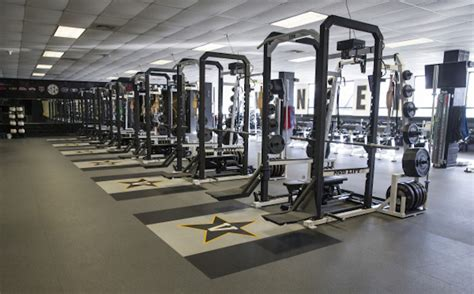 alabama weight room not all sec weight rooms are created equal