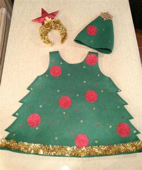 apreciamos un rbol de navidad hecho de nieve en su inferior con las 25 mejores ideas sobre disfraz de 193 rbol en pinterest y