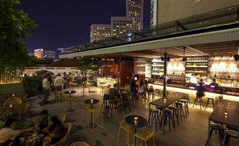 singapore roof top bars 30 rooftop restaurants bars in singapore with the best view