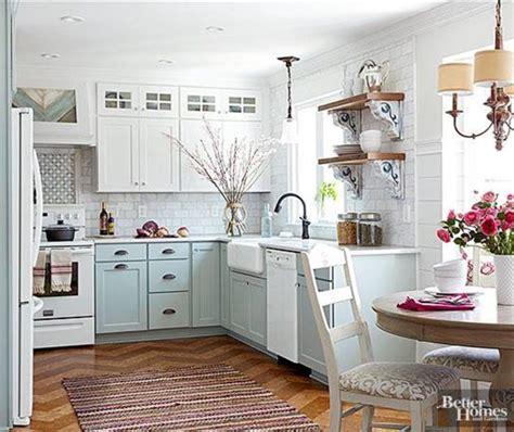 Kitchen Makeovers Small Kitchens 25 Best Ideas About Small Kitchen Makeovers On