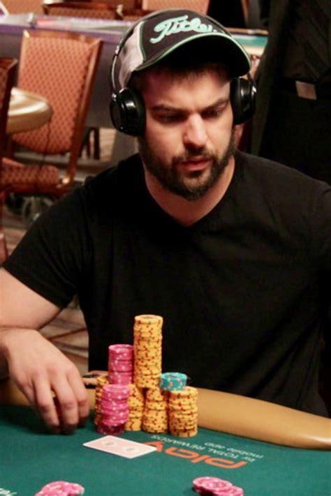 ethan rampagep yau memenangkan seri gelang poker dunia