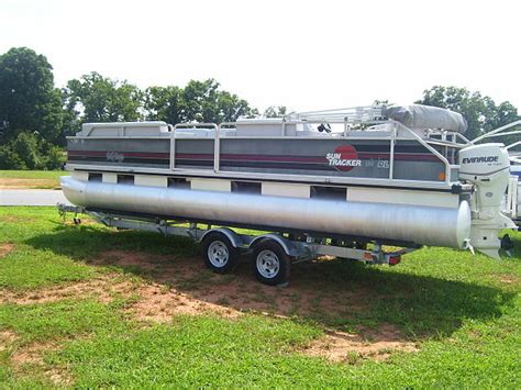 boats for sale taylorsville nc 1989 sun tracker party barge 24dl price 9 499 00