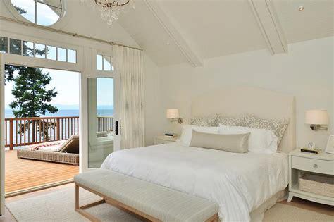 Deck Bedroom Design by Master Bedroom Deck Cottage Bedroom