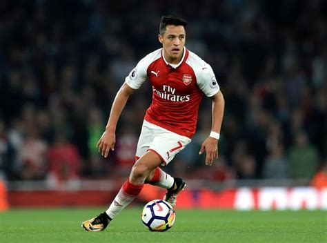 alexis sanchez leaves arsenal why arsene wenger is right to threaten mesut ozil and