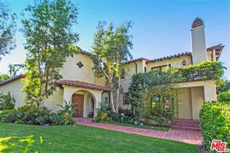 giada de laurentiis buying 6m estate in pacific palisades